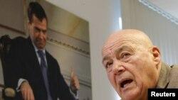 Владимир Познер встретится с Дмитрием Медведевым очно