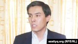Мақсат Жақау, «Ақ Жол» партиясы орталық кеңесінің мүшесі. Алматы, 7 наурыз 2012 жыл