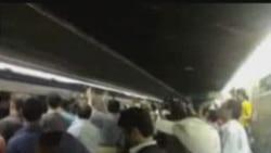 Teheran: demonstraţie în staţie de metro