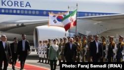 Президент Южной Кореи находится с визитом в Иране