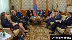 Армения - Встреча содокладчиков ПАСЕ с президентом Армении Сержем Саргсяном, Ереван, 112 июня 2015 г․