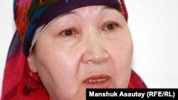 Арон Атабектің қарындасы Назия Нұтышева. Алматы, 29 мамыр 2012 жыл
