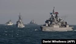 Турецькі кораблі на навчаннях НАТО у Чорному морі, 2015 рік