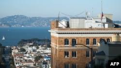 Konsulata ruse në San Francisko. Fotografi nga arkivi