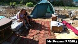 Зеленодольские аварийщики в палатках
