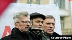 Лимонов, Каспаров и Касьянов могут снова встать вместе