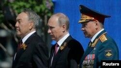 Назарбаев, Путин и Шойгу. Больше никого. 9 мая 2016