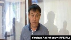 Гражданский активист Айдын Егеубаев. Астана, 23 августа 2017 года.