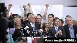 Proslava izborne pobede Tomislava Nikolića u sedištu Srpske napredne stranke 20. maja 2012.