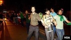 سهراب اعرابی در زنجیره حامیان میرحسین موسوی پیش از انتخابات خرداد ۸۸