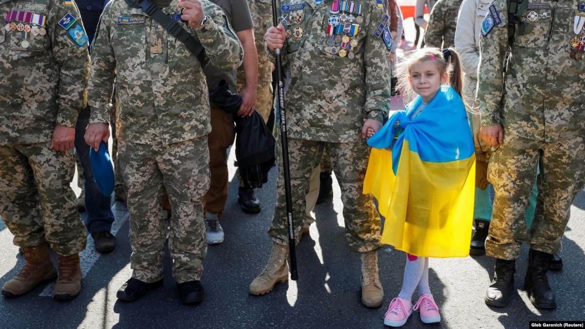 Сергей Жадан о войне, жителей Донбасса и идею разведения сил