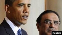 دامریکا ولسمشر بارک اوباما له خپل پاکستاني سیال آصف علي زرداري سره