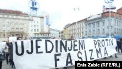Kolona antiifašista prosvjeduje protiv desničaskog okupljanja, Zagreb, 13.travnja 2012