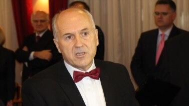 Od saopštenja Vijeća do konkretne odluke: Valentin Inzko