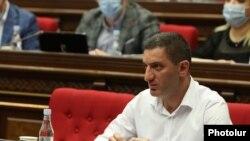 Представитель оппозиционной фракции «Процветающая Армения» в комиссии по конституционным реформам Геворк Петросян