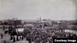 Piața Bodescu din Bălți (1910) (Foto: Ion Țurcanu, Mihai Papuc, Basarabia în actul Marii Uniri de la 1918)
