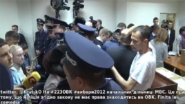 Radio Svoboda's live-streaming from contested electoral district No.223 in Kyiv was snapped up by major news sites in the country.