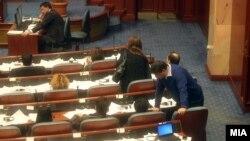 Опозицијата се враќа во Парламентот по бојкотот предизвикан од настаните на 24 декември, 2012.