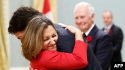 Христя Фріланд та прем'єр-міністр Канади Джастін Трюдо. Листопад 2015 року