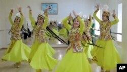 Танец «Лазги».