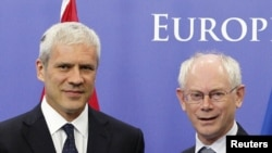 Тадиќ и Ромпуј во Брисел - архива