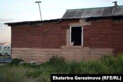 Пустующий дом в Лопатках