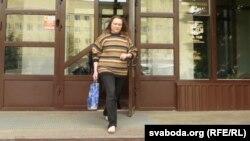 Ала Нізкоўская на свабодзе пасьля суду