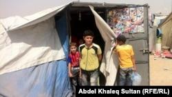 Ирак шекарасындағы босқындар лагерінде жүрген сириялық балалар. 4 шілде 2013 жыл.