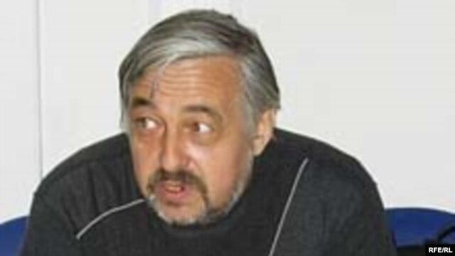 Political analyst Vladimir Pribylovsky was a well-known critic of Russian President Vladimir Putin. (file photo)