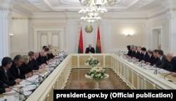 Нарада ў Аляксандра Лукашэнкі наконт барацьбы з каранавірусам, 7 красавіка 2020