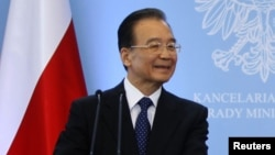 Chinese Prime Minister Wen Jiabao (file photo)