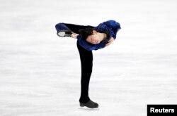 Казахстанский фигурист Денис Тен. Сеул, 14 февраля 2015 года.
