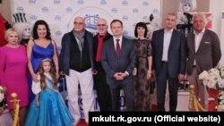 Организаторы и участники кинофестиваля в Ялте