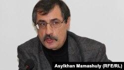 Евгений Жовтис, құқық қорғаушы