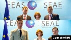 Преговорите на српските и косовските лидери во Брисел