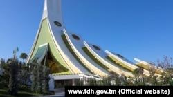 Место проведения 12-го саммита учредителей Международного фонда спасения Арала, Конгресс-центр Национальной туристической зоны Аваза, Туркменистан
