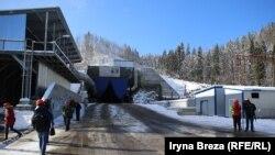 Архивное фото: строительство нового Бескидского тоннеля в Карпатах, ноябрь 2015 года