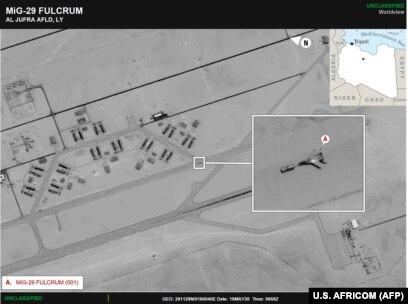 """Спутниковое фото AFRICOM, на котором видны российские МиГ-29 на авиабазе """"Аль-Джуфра"""" Халифы Хафтара"""
