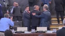 Закулисье саммита НАТО: как общаются мировые лидеры (видео)