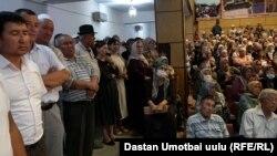 Встреча партии «Биримдик» с избирателями в Оше.