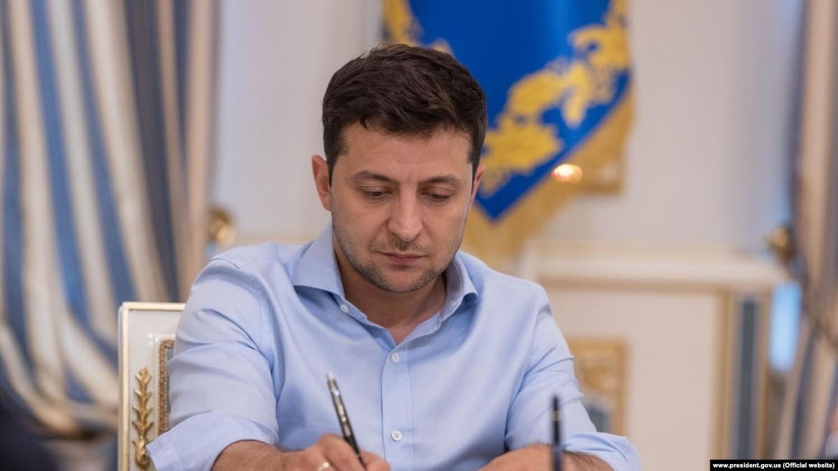 Зеленский назначил послов Украины в Хорватии и Армении, Тарасюк стал постпредом при СЕ