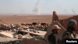 Бійці Сирійських демократичних сил під час бою на північ від Ар-Ракки, фото 7 листопада 2016 року
