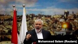 Лидер палестинской радикальной группировки ХАМАС Исмаил Хания обращается к сторонникам с речью после решения президента США признать столицей Израиля Иерусалим. Газа, 7 декабря 2017 года.