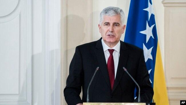 Dragan Čović (na fotografiji) Dragan Čović nikakvog pravnog niti političkog uporišta nema za ucjene