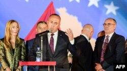 Istovremeno s ovim, nedeljama već traje i verbalni rat s Prištinom, a ulogu glavnog đavola dobio je Ramuš Haradinaj: Pančić
