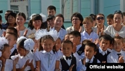 Кыргызстандагы мектептердин бири