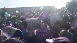 سر دادن شعار «اگر تقلب بشه ایران قیامت میشه» در اصفهان
