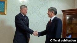 Бордюжа ва Отамбоев дар Бишкек