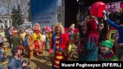 Одесу називають містом гумору. Щороку тут проводиться фестиваль гумору.