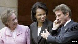 سفیران فرانسه، آمریکا و بریتانیا که در نشست وزیران امور خارجه کشورهای گروه ۸ در پوتسدام آلمان شرکت کرده اند